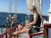 Trip with the sailboat at Tamarindo. Horseback riders enjoying the Golden Pacific Coast not only with a canter at the beach. / Ausflug mit dem Segelboot von Tamarindo. Die Reiter genießen die Goldene Pazifikküste nicht nur beim Strandgalopp.